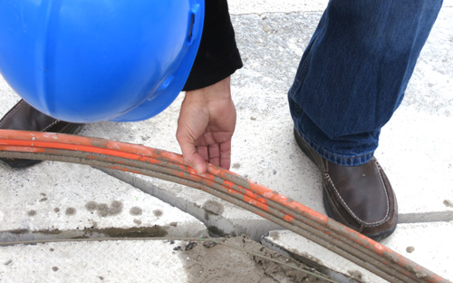 DL-LATAM-Landing-Page-MicroTrenching_person2